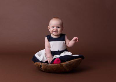 baby_photographer_towcester_six_months_Miranda_Walton_Photography