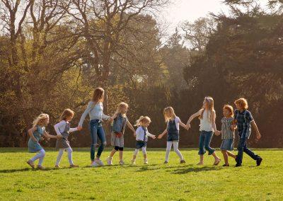 family_photographer_northamptonshire_group_delepre_abbey_Miranda_Walton_Photography