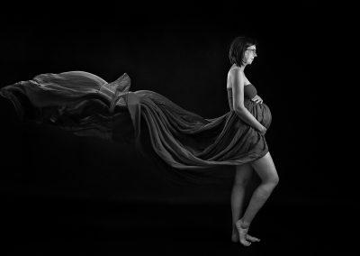 maternity_photographer_northampton_pregnancy_gown_Miranda_Walton_Photography