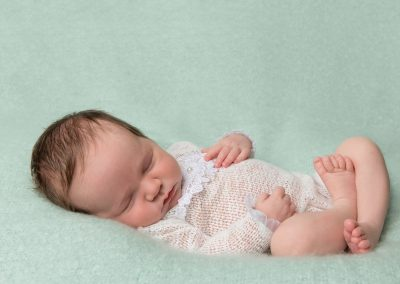 newborn_baby_photographer_bicester_baby_girl_Miranda_Walton_Photography