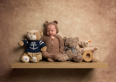 newborn_baby_photographer_northamptonshire_baby_boy_teddy_bear_Miranda_Walton_Photography
